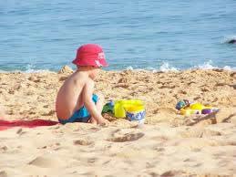 Cuidado com filtro solar em menores de 6 meses de vida!